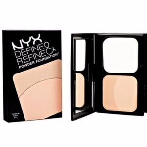 NYX Define & Refine Powder Foundation - Light